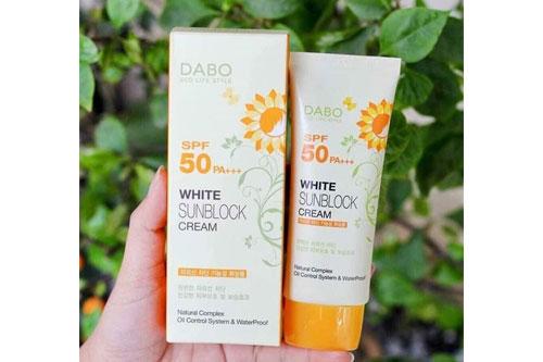 Kem-chống-nắng-Dabo-White-Sunblock-Cream-SPF50