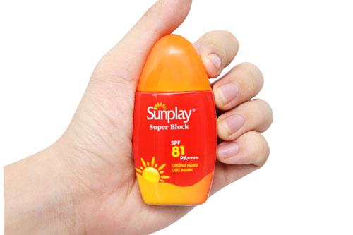 Kem-chống-nắng-Sunplay-Super-Block-Spray-SPF-81