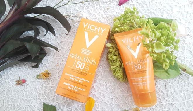 Kem-chống-nắng-dành-cho-da-nhạy-cảm,-không-gây-nhờn-rít,-không-màu-Vichy-Ideal-Soleil-SPF50