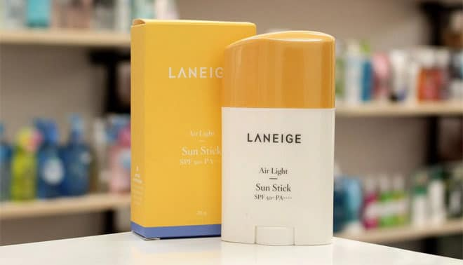 Kem-chống-nắng-dạng-lăn-Laneige-Air-Light-Sun-Stick